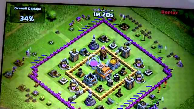 Clash of Clans - Two space defence against 185 level 4 archers