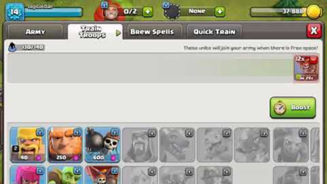 How Overpowered Are Balloons As A TH4 (Clash Of Clans)