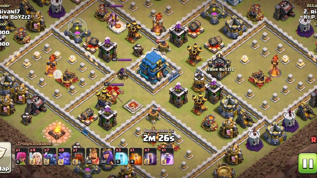 Clash of Clans TH 11 Bats.Spell Attack
