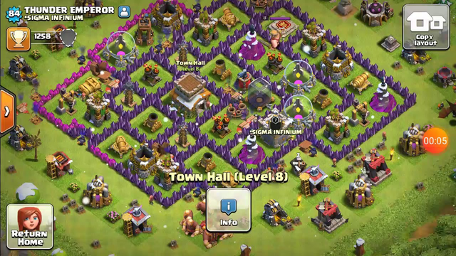 Finnaly i got to town hall 8 in coc (Clash of clans)